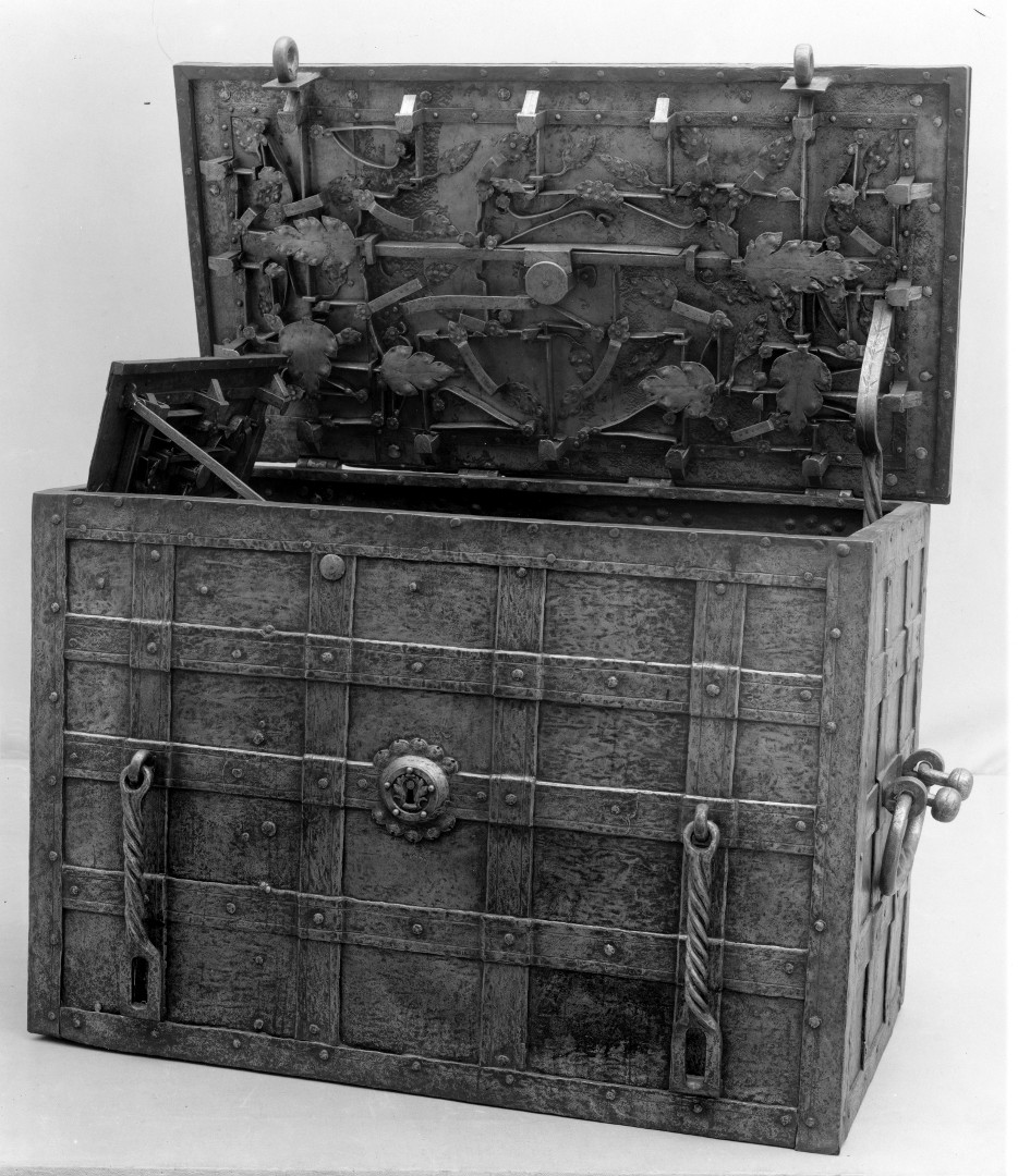 17th Century Strongbox, German, possibly Nuremberg. NY Metropolitan Museum of Art
